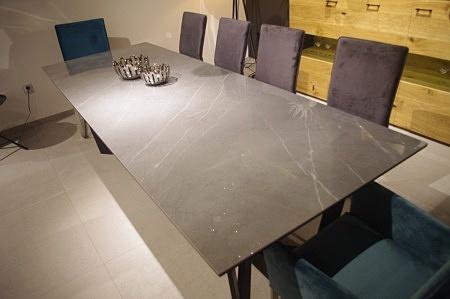 Stół z blatem ze spieku pietra grey