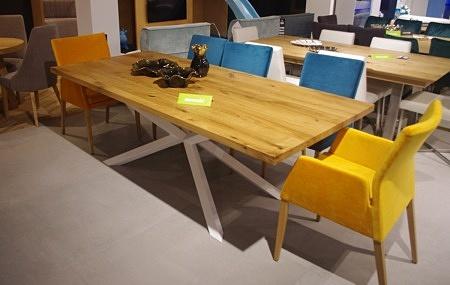 Stół A8 z nogą białą drewniany blat