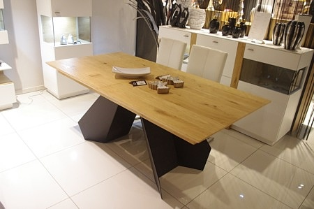 Stół czarne nogi blat dąb