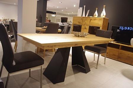 Zestaw stołowy do jadalni