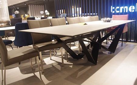 Magnat stół do salonu