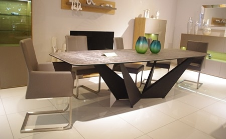 Stół clif do salonu