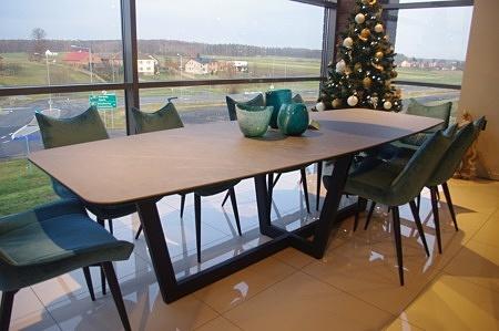 stół do salonu z blatem ze spieku kwarcowego