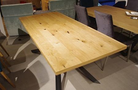Stół sękaty blat naturalny dąb