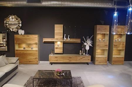 Meble do salonu lakierowane i drewniane