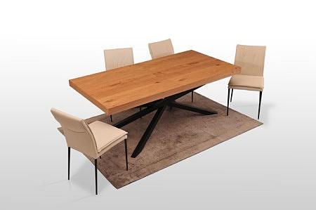 Stół a14 kolor czarny i dąb sękaty industrialny design forma nowoczesna szeroka noga