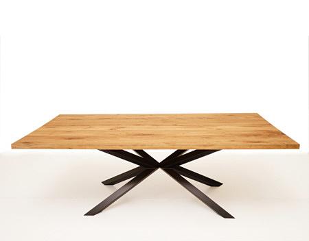 Stół funkcjolalny do salonu