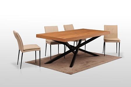 Stół z dwoma wkladkąmi chowanymi do skrzyni okleina naturalna dąb sękaty szczotkowany