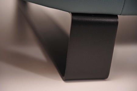 Czarna noga narożnika goya metalowa na zamówienie chromowa lub nierdzewna płoza przeszycie