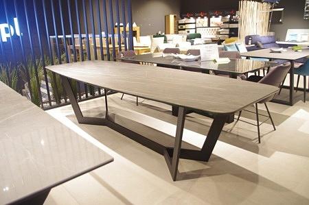 Designerski duży stół nierozkładany