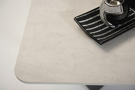 Jasny blat spiekowy w szarym kolorze do salonu jadalni sypialni