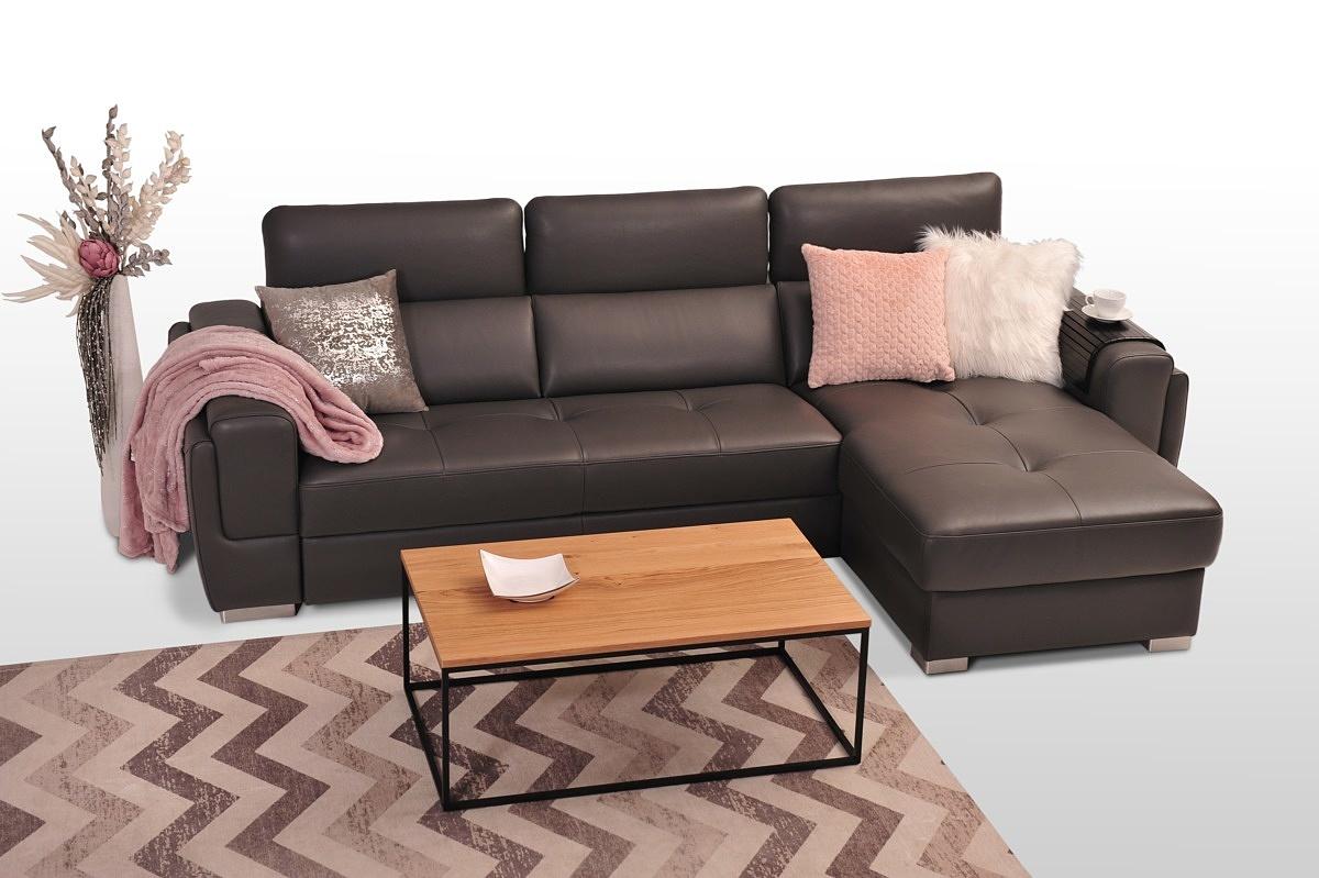 Veno - elegancki brązowy narożnik skórzany z pikowanymi siedziskami