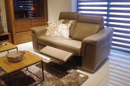 Sofa 2-os z relaxem