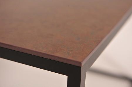 Spiek kwarcowy ossido bruno brązowy na nodze metalowej