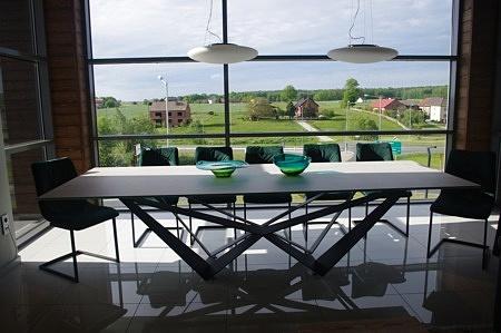 Duży stół do salonu ze spieku 300 110 cm