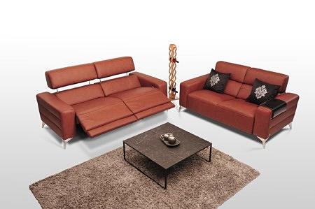 Sofa 2 i 3 osobowa zagłówki regulwoane na metalowych chromowanych nogach ozdobnych