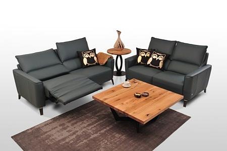 Aviva II - eleganckie czarne sofy skórzane klasy premium, relaks elektryczny, na wysokich nóżkach, skóra naturalna