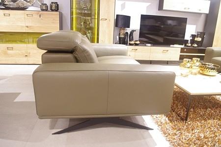 Sofa 3-os na wysokich nogach