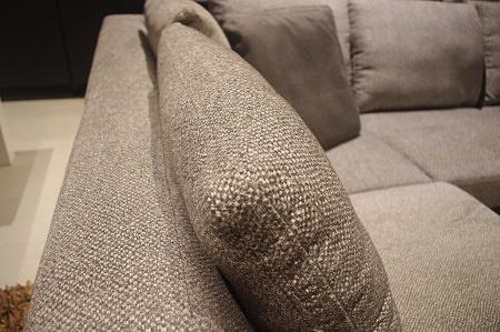 Tkanina Aqua Clean na poduszkowcu miękki narożnik