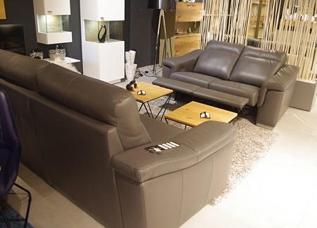 Zestaw sof z relaxem