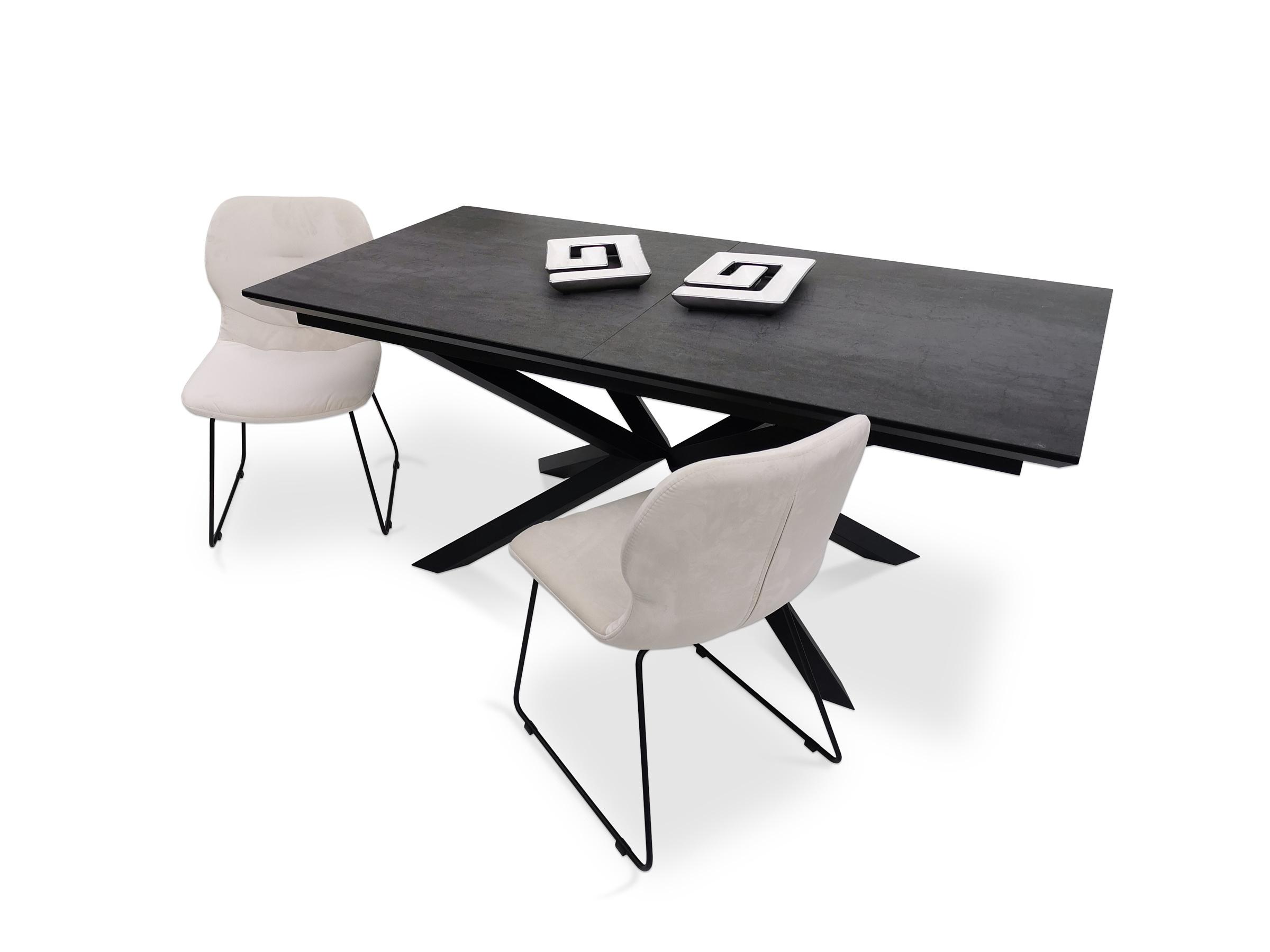 Krzesła tapicerowane na płozie metalowej z ciemnym spiekiem kwarcowym pietra di savoia antracite