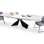 Stół do nowoczesnej jadalni w białym spieku