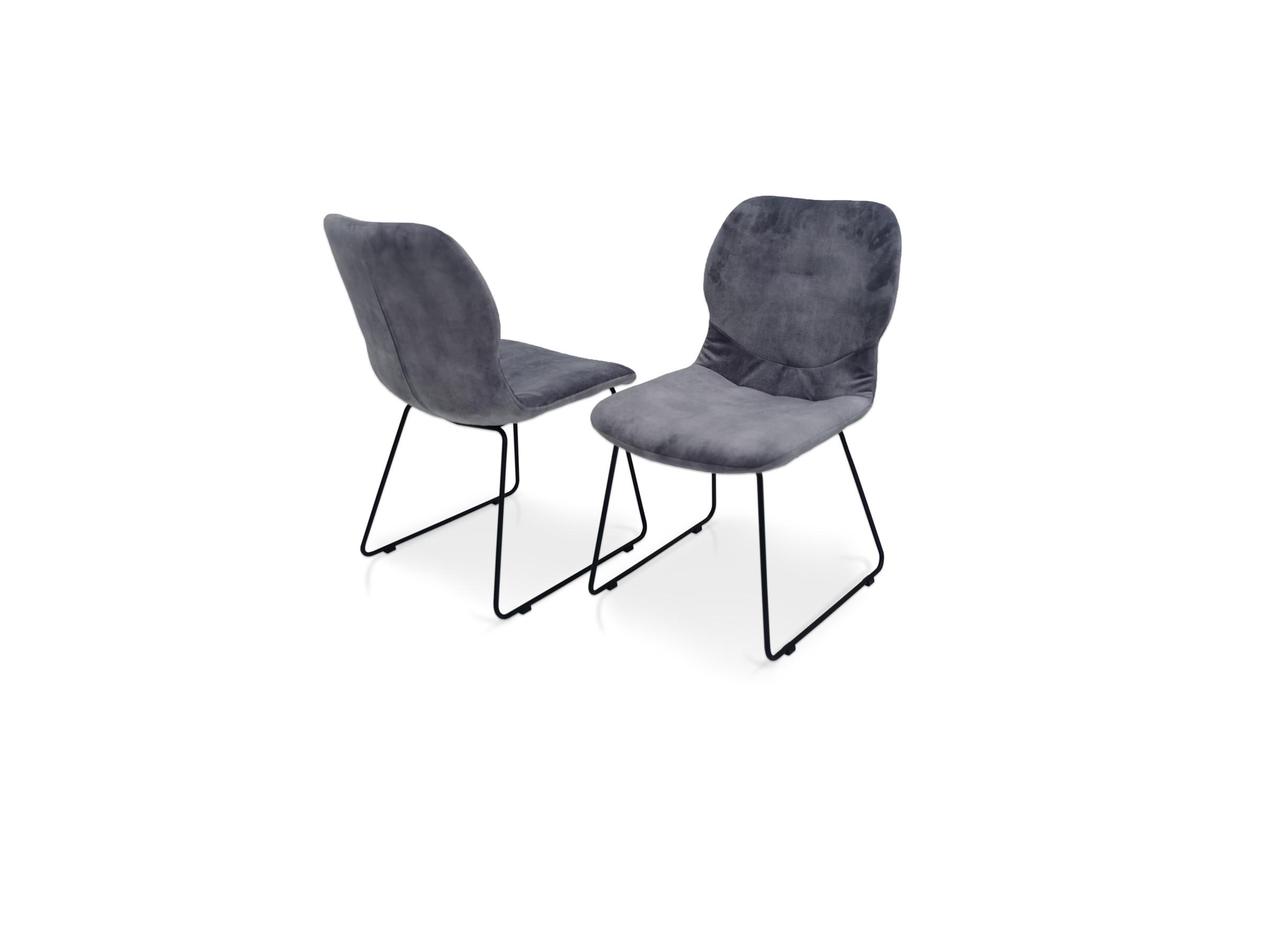 Oryginalne krzesełka na czarnej nodze