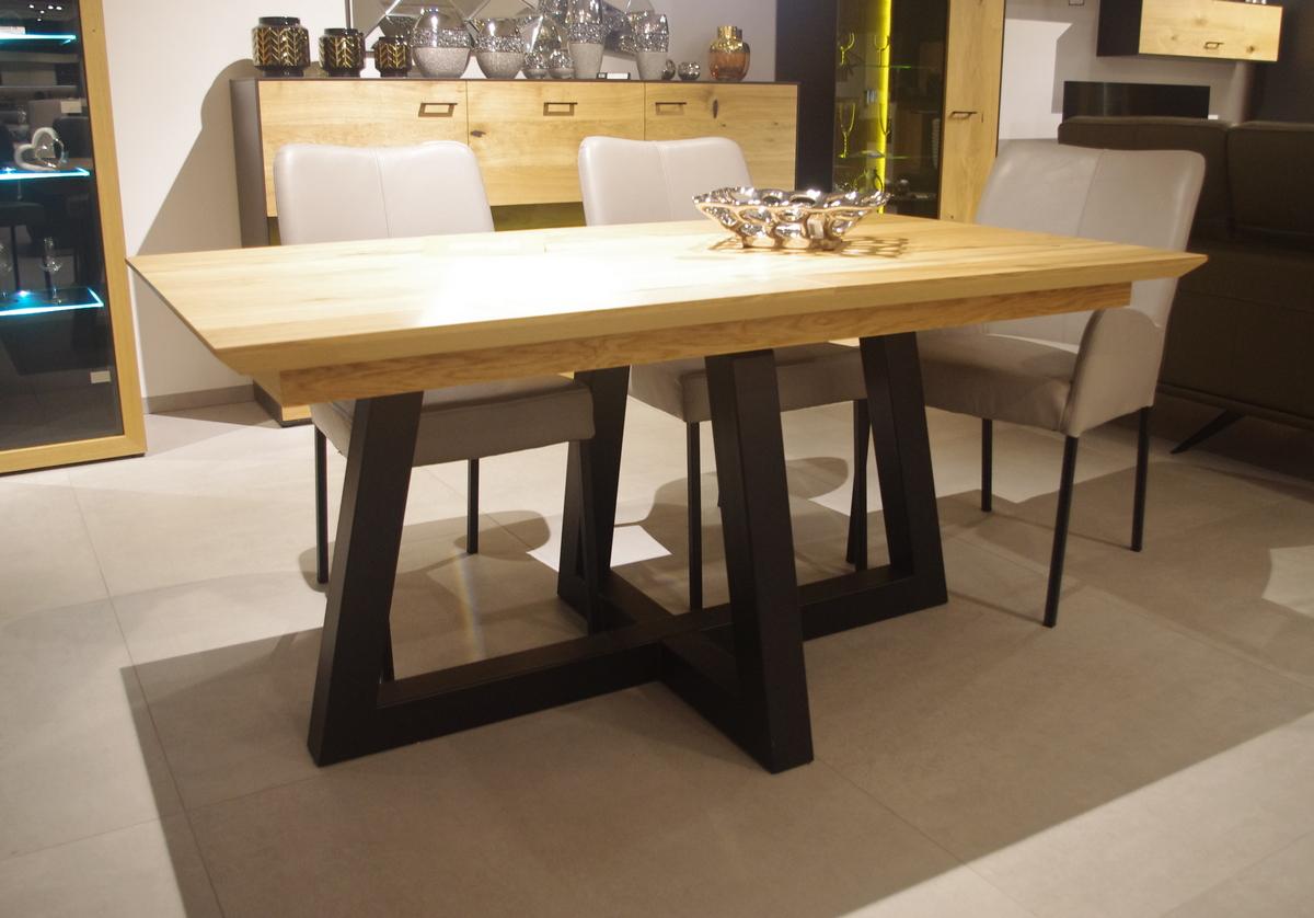 Stół industrialnu z blatem rozkładanym