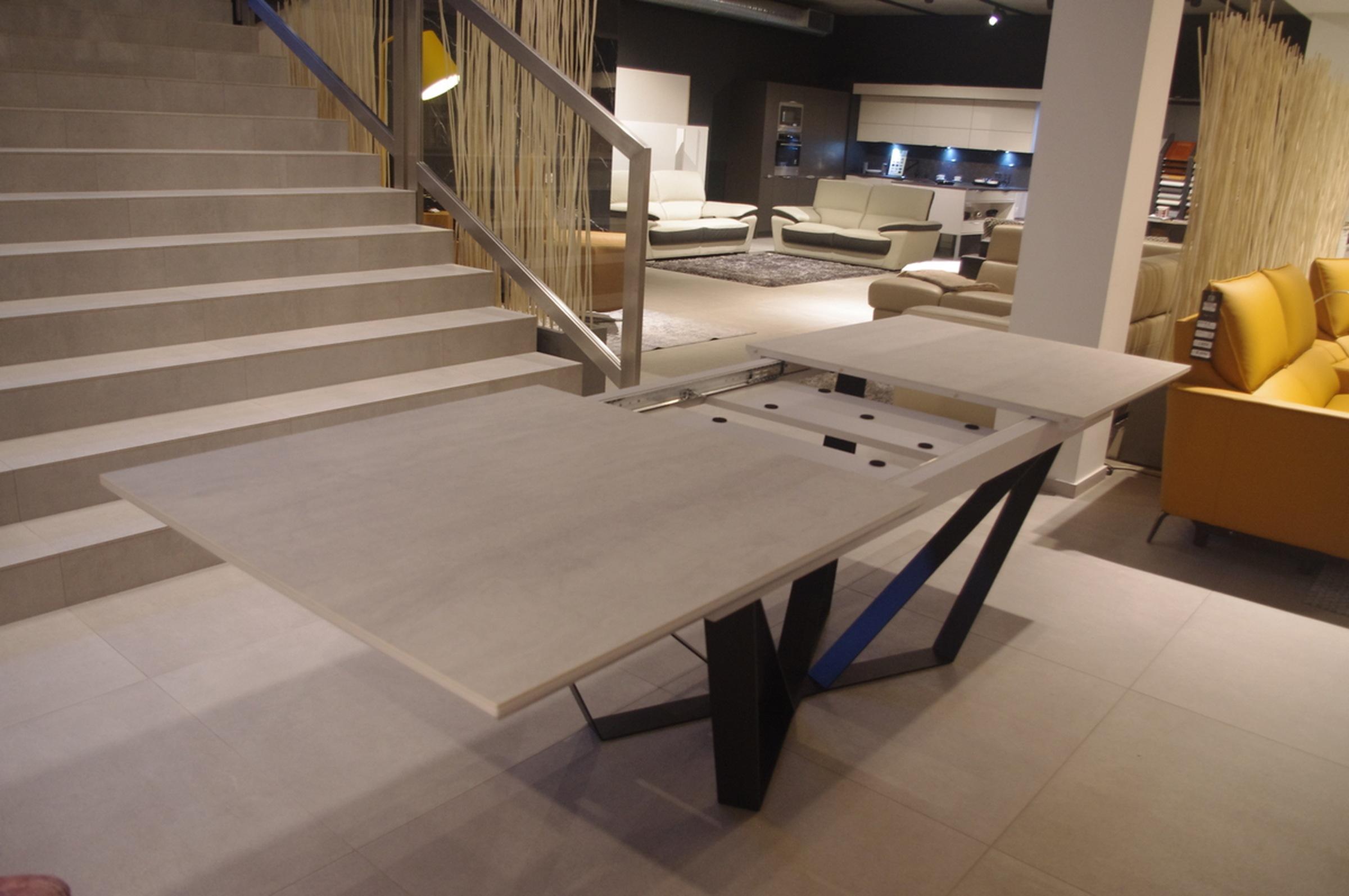 Stół rozkładany spiek kwarcowy