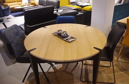 Stół czarne nogi krysiak