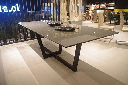 Stół loftowy amari do salonu