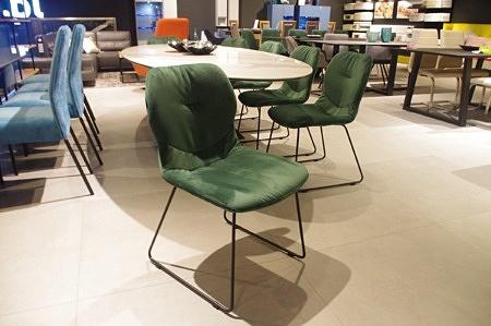 Krzesła tc12 płoza zielony materiał