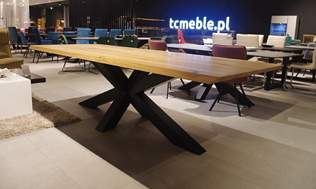Stół bazalt do salonu styl amerykański