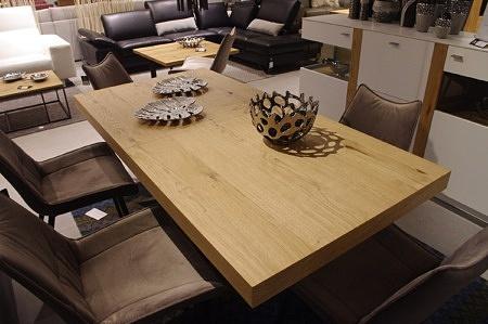 Stół do salonu nowoczesny