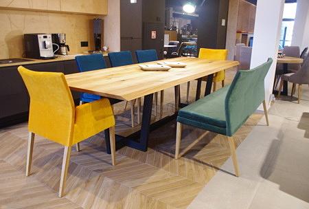 Stół nowoczesny do salonu duży blat dębowy sęki loft