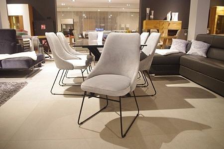 Krzesła nowoczesne na płozach loft