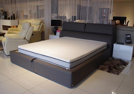 łóżko Genesis z zagłówkami regulowanymi