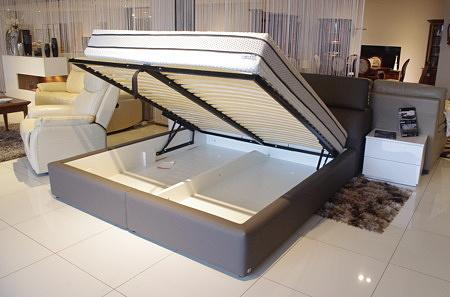 łóżko tapicerowane szare