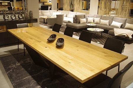 Stół z litego drewna dębowego