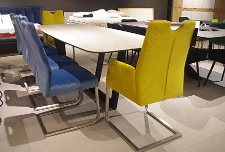 Zestaw krzeseł niebiesko żółte
