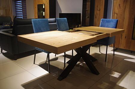 Stół jadalniany rozsuwany