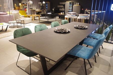 Stół nierozkładany 260 cm