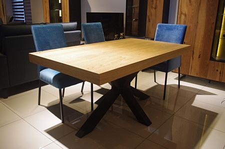 Stół salonowy drewniany rozkładany