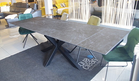 Stół z wkładami spiek kwarcowy