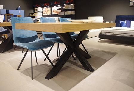 Stół A16
