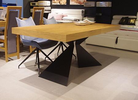Stół A2 nowoczesny do jadalni
