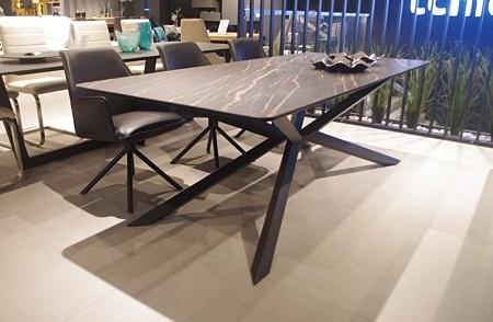Stół nierozkładany spiek na szkle